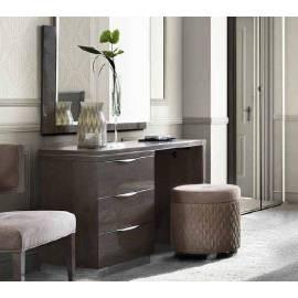 Покрытие Серебристая берёза с глянцем Туалетный / письменный стол Platinum Camelgroup